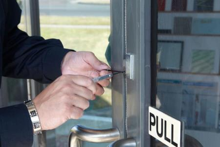 4 facts to know to choose a right locksmith